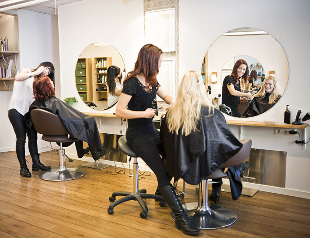 Merchant Cash Advance for Salons and Hairdressers.