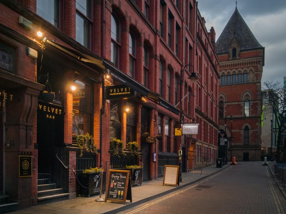 Businesses-Manchester-Cashless