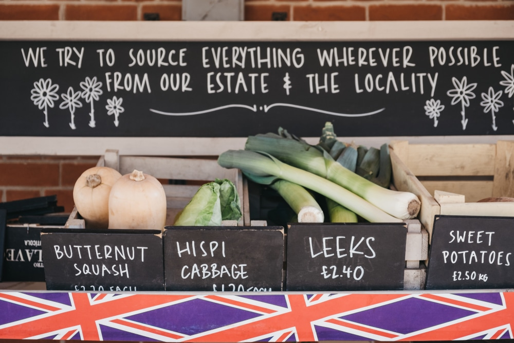 benefits of sourcing local ingredients